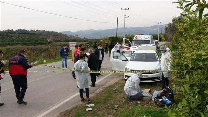 Mersin'de otomobilde çifte infaz! Eski eşi ve onun sevgilisini öldürdü