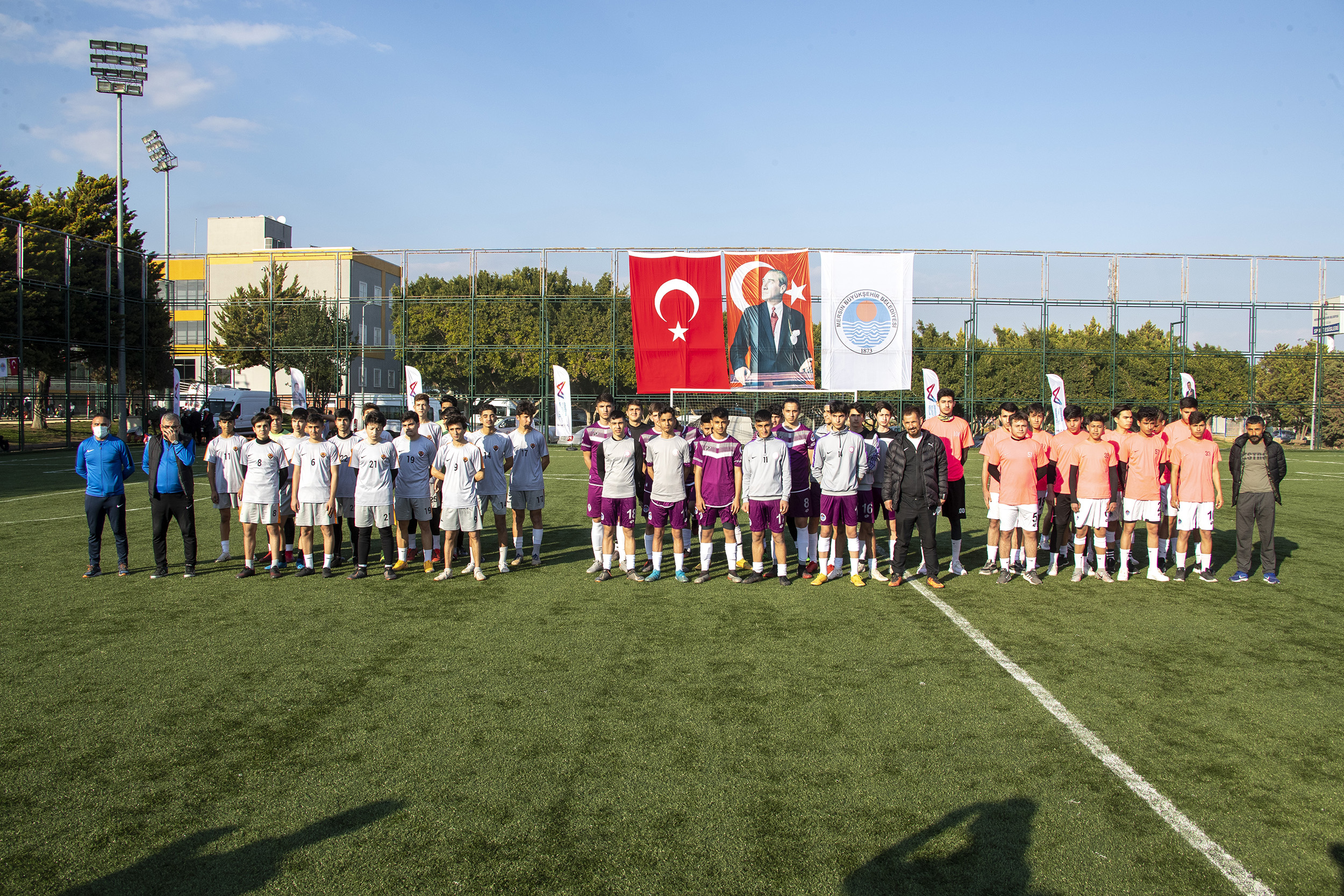 ATATÜRK'ÜN MERSİN'E GELİŞ GÜNÜNE ÖZEL FUTBOL TURNUVASI