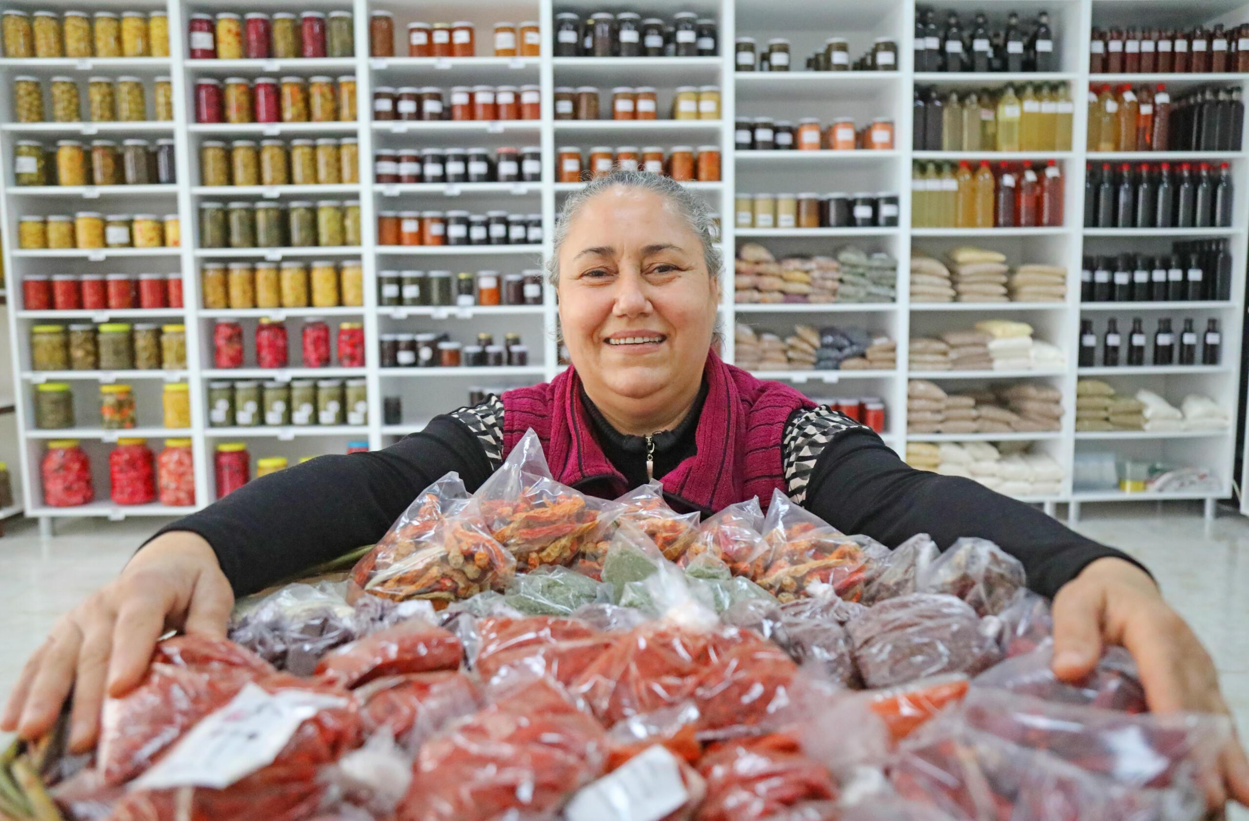 Kadın Üretici Pazarındaki Başarısını Markete Taşıdı