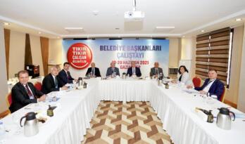 BAŞKAN SEÇER, GAZİANTEP'TEKİ BELEDİYE BAŞKANLARI ÇALIŞTAYI'NA KATILDI