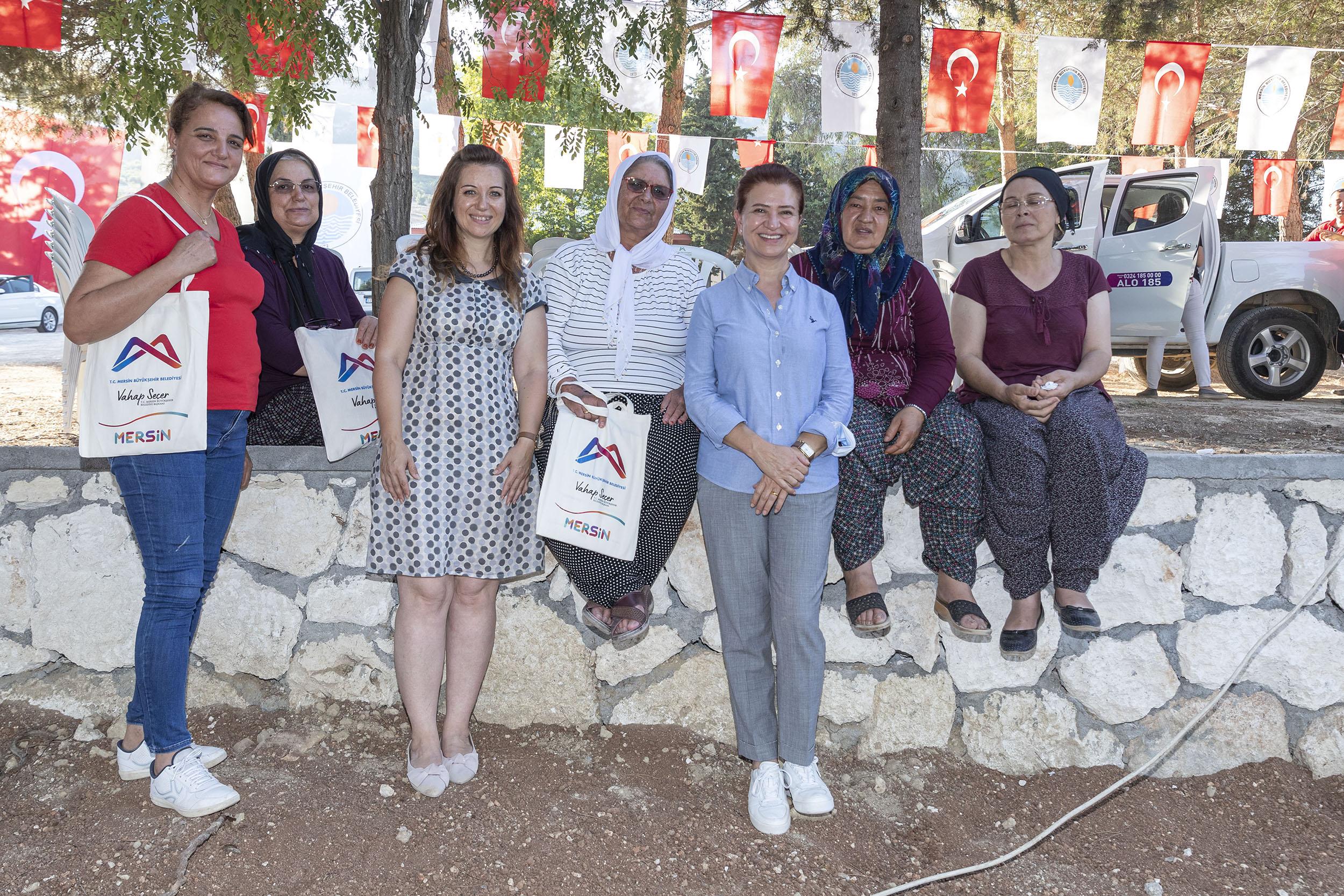 """MERSİN BÜYÜKŞEHİR, """"ORGANİK TARIM PROJESİ""""Nİ BAŞLATTI"""