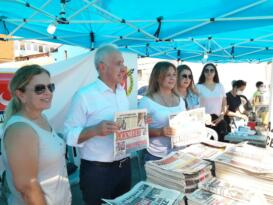 2.Karaduvar Balık Fesivali'nde yerel gazeteler halkla buluştu